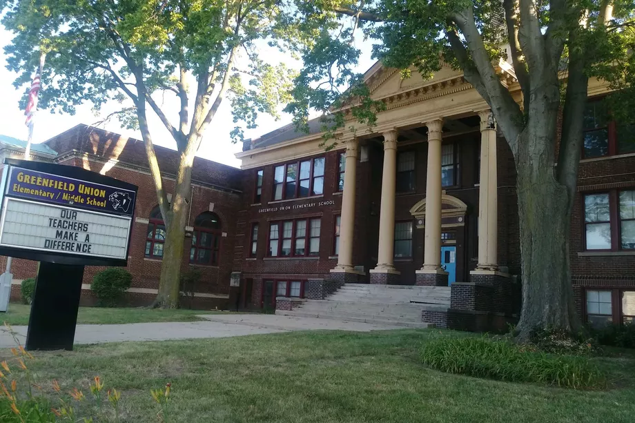 Federal judge orders Detroit summer school students taking face-to-face classes to be tested for COVID by Friday