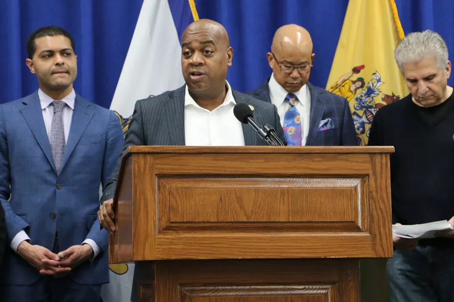 'I wouldn't send anybody to school': Newark mayor joins growing pushback against in-person learning